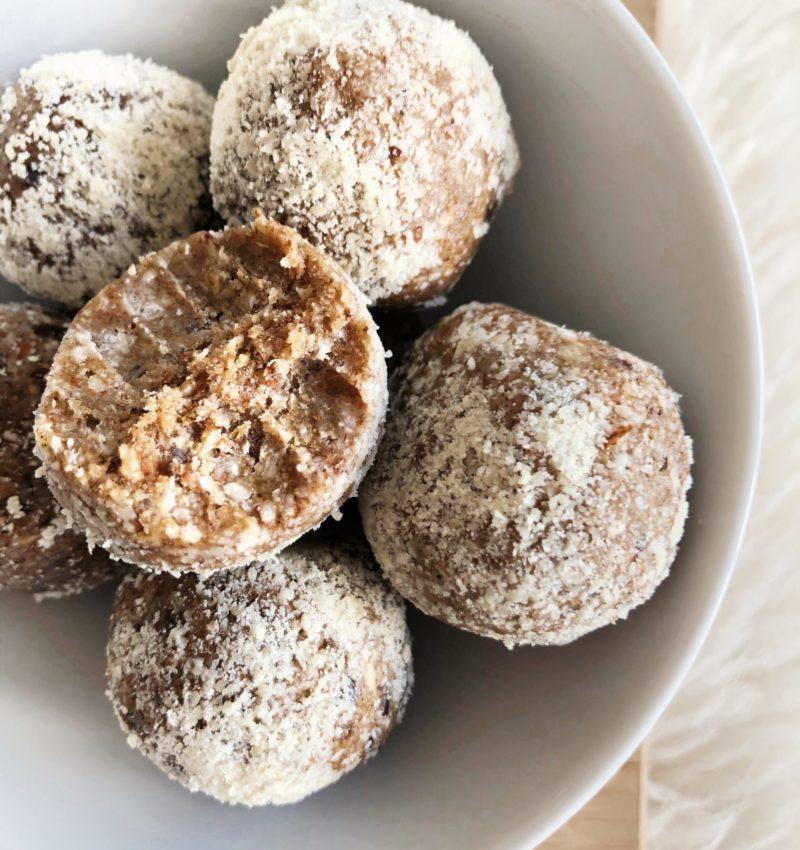 Godaste rawbollarna med smak av semla